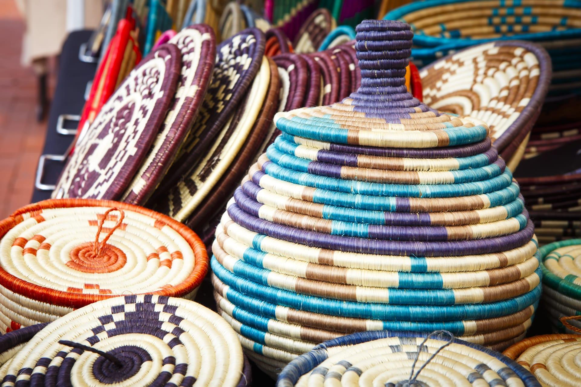 Kampala - African Shopping at Uganda's National Theatre Craft Village
