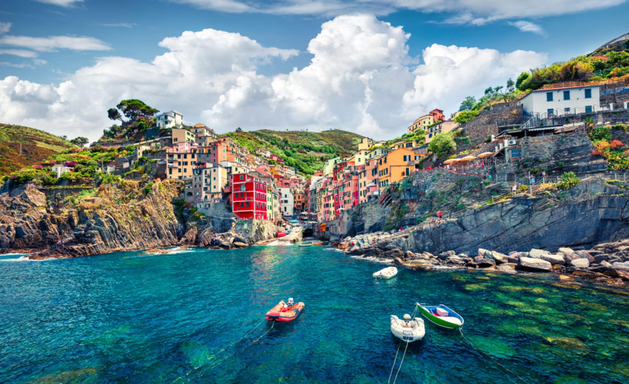 Cinque Terre & Portovenere - Cinque Terre: Riomaggiore Seaside Panoramas and Dry Stone Terraced Hills