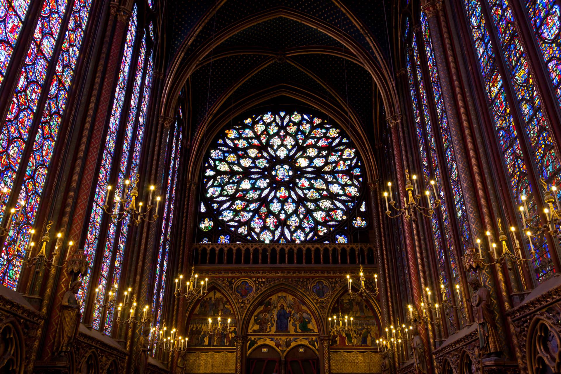 Paris - 10  Most Incredible Churches in Paris:   N°1 Sainte Chapelle