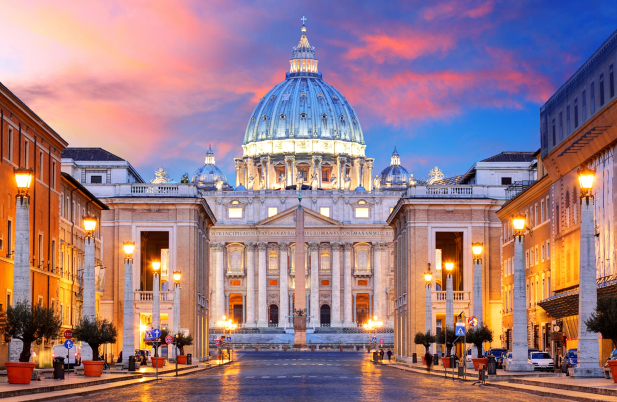 Rome - Castel Sant'Angelo to Saint Peter's Basilica