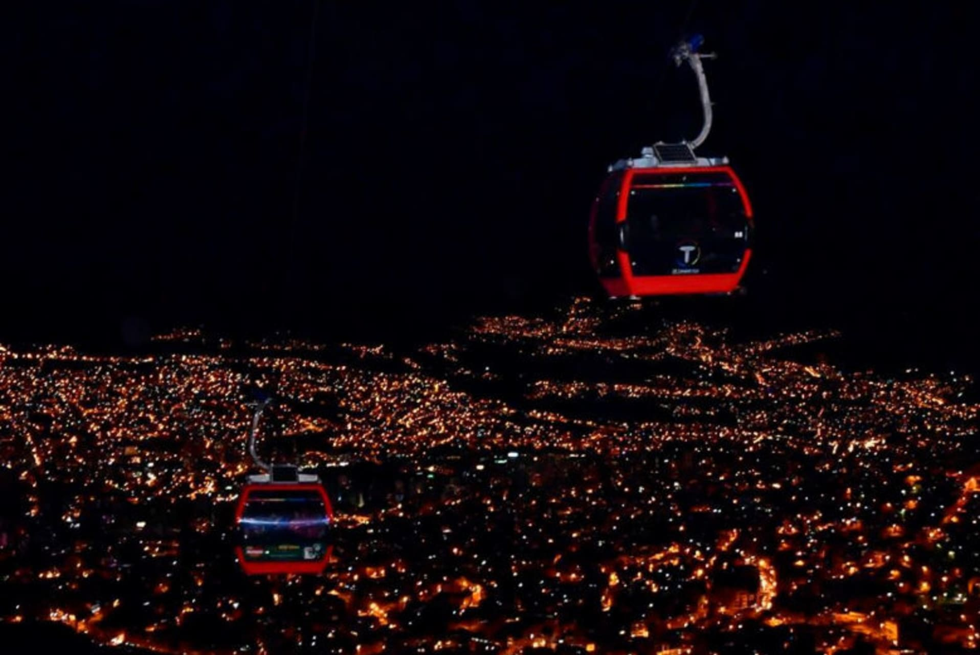 La Paz - Cable Car at Night