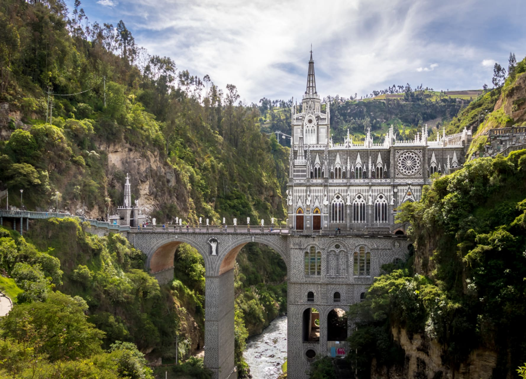 Pasto - Welcome to Las Lajas sanctuary: The Gothic jewel of southern Colombia