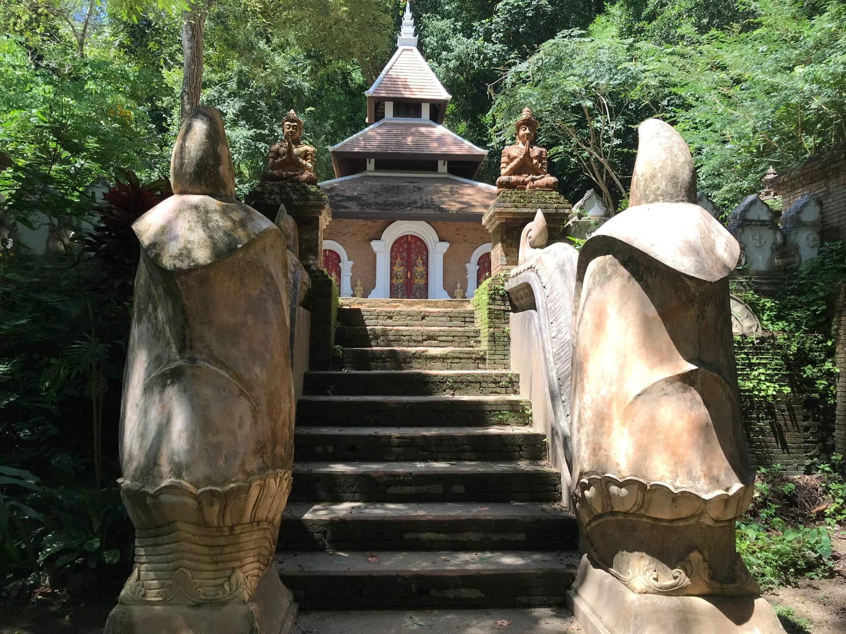 Chiang Mai - Forest temple, hiking the monk's trail