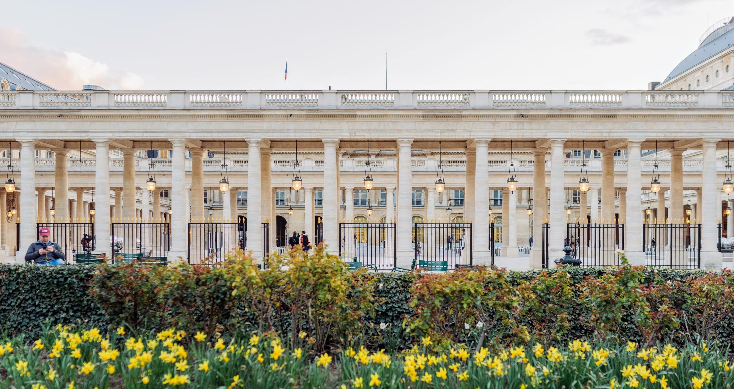 Paris - Paris' Elegant Royal Palace, Gardens and Galerie Vivienne