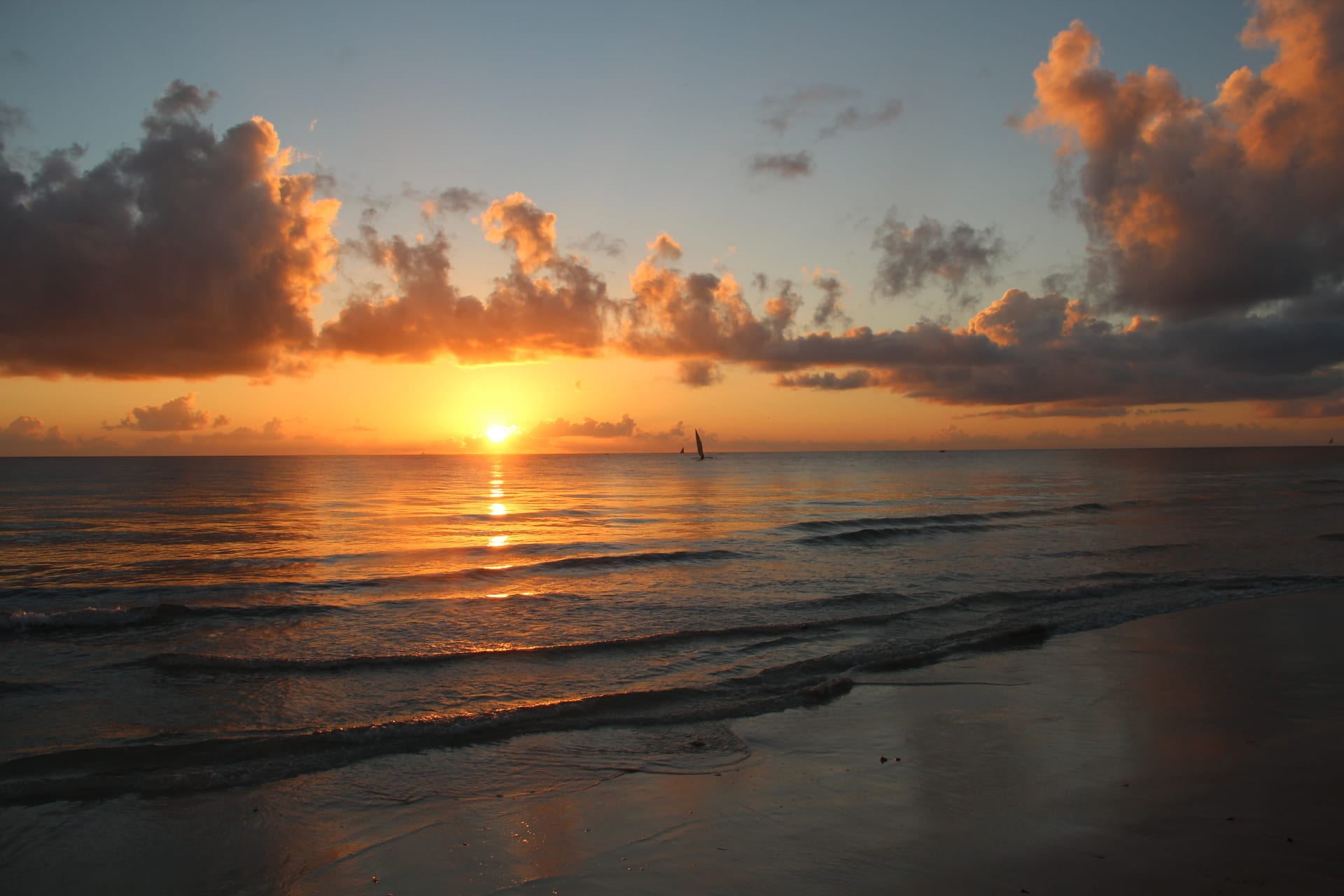 Kilifi - Sand, sea, and sunset on the Kenyan coast - a Kilifi sunset