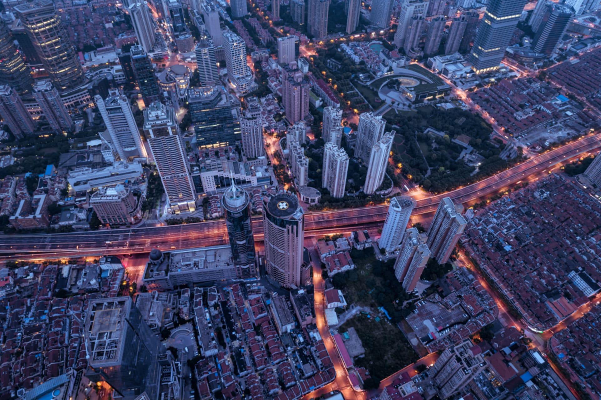 Shanghai - Shanghai East Nanjing Road and Hidden Backstreets