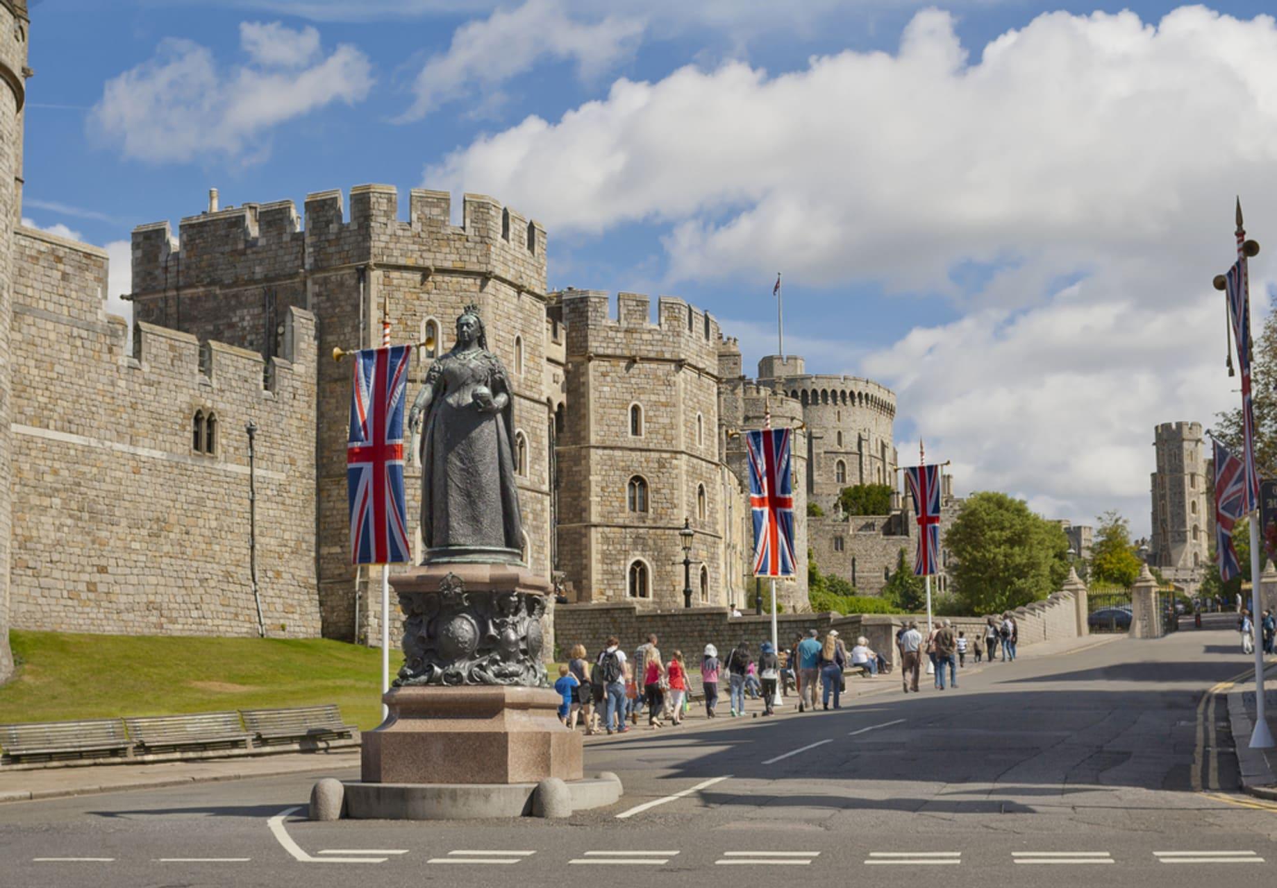 Windsor - Windsor- The Queen's favorite Castle
