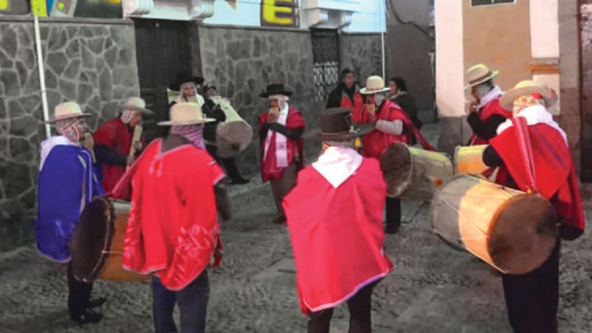 La Paz - Plaza Tjada Sorzano - Music In Motion