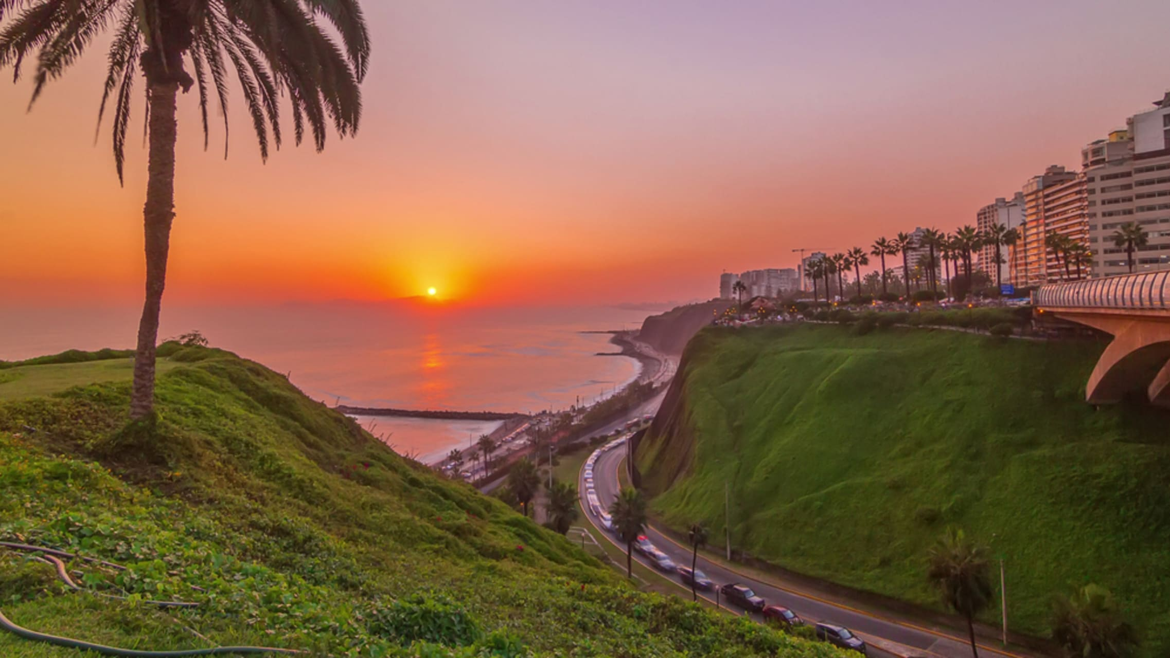 Lima - Miraflores: From the Inca Market to the Love Park
