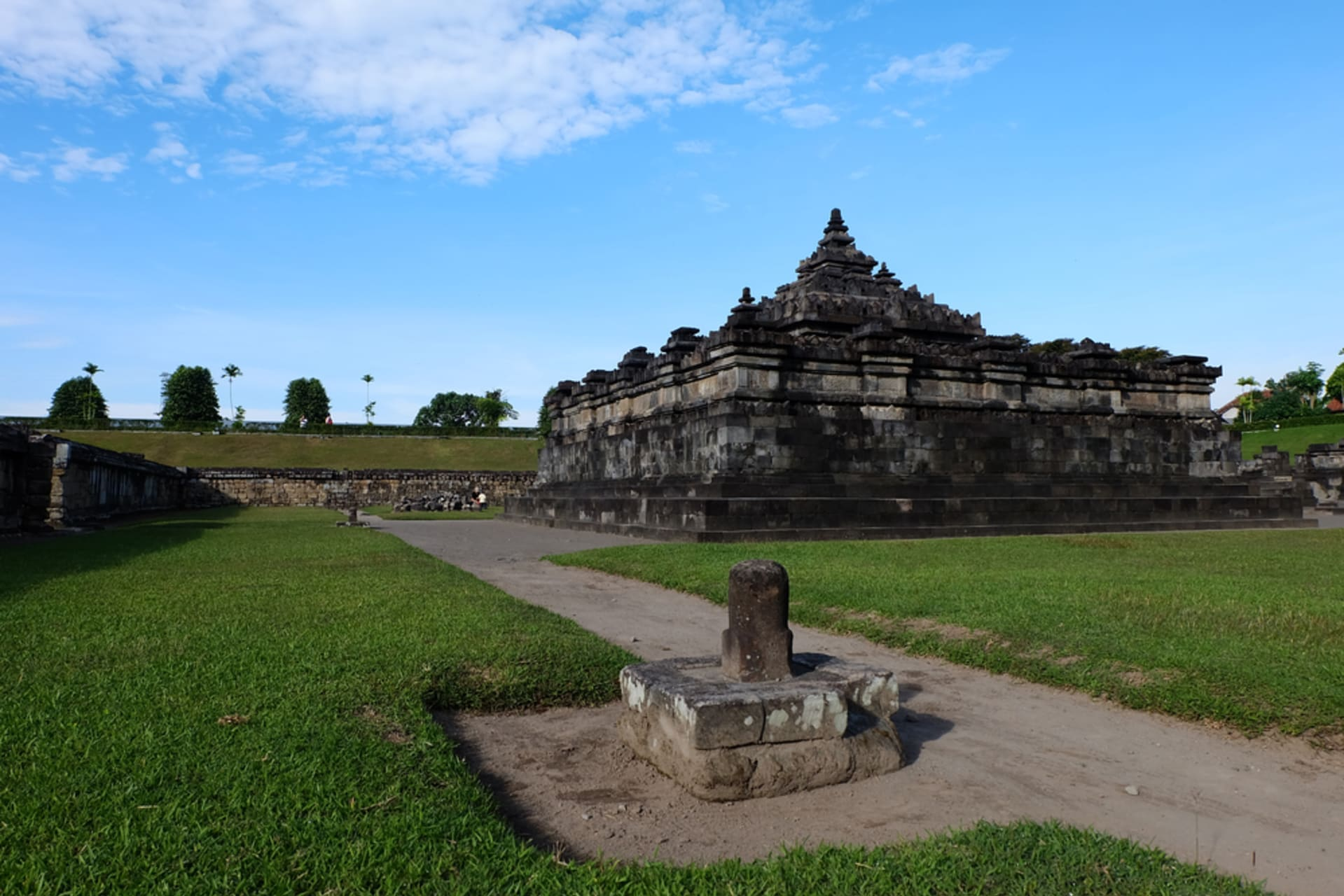 Yogyakarta - Sambisari Temple: a Holy Place that was Once Buried
