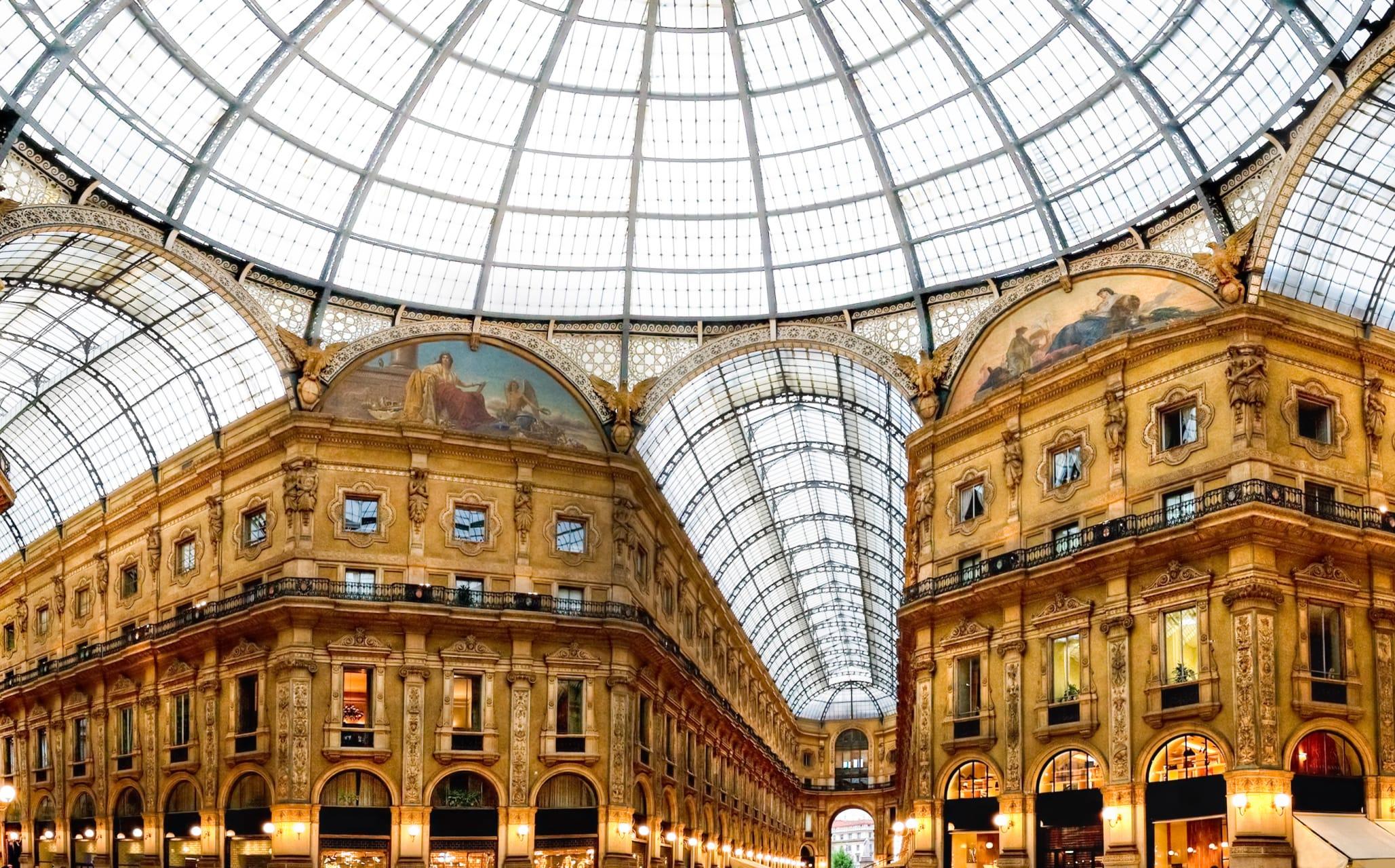 Milan - Milan - Part 4: Fashion District Tour