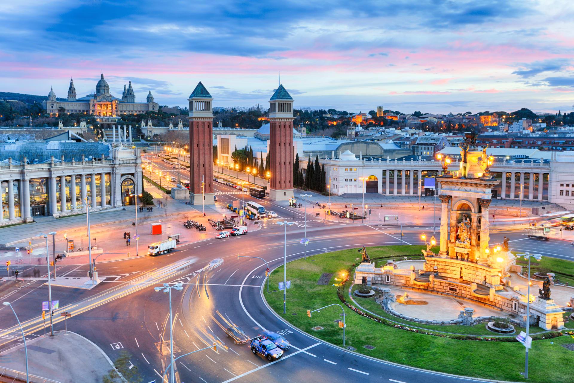 Barcelona - A Car Ride Showcasing Impressive Views of Barcelona