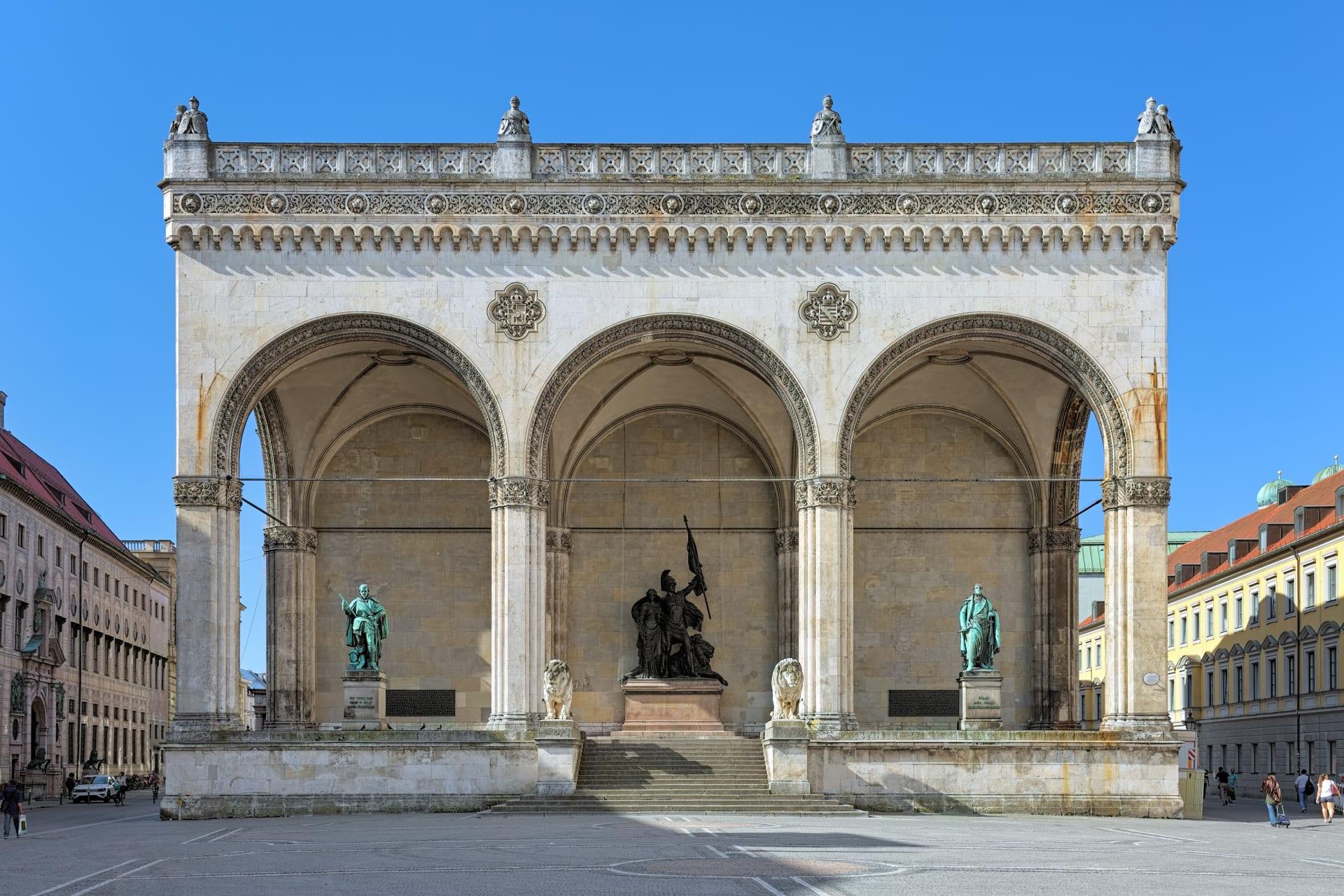 Munich - Munich History Tour: The Third Reich Part 1 – Adolf Hitler's Munich