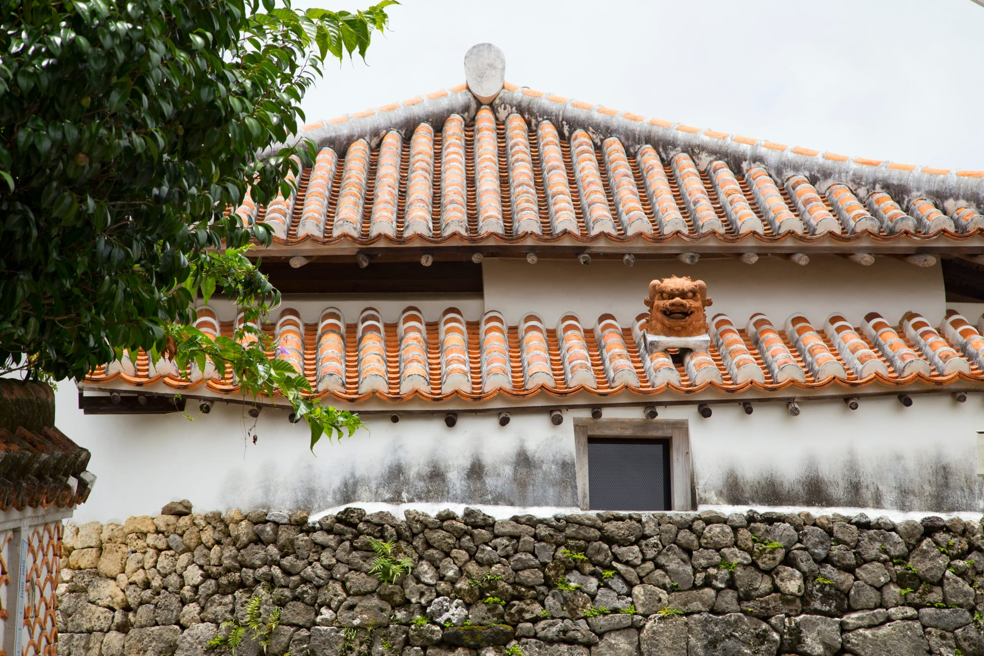 Okinawa - Exploring the Pottery District