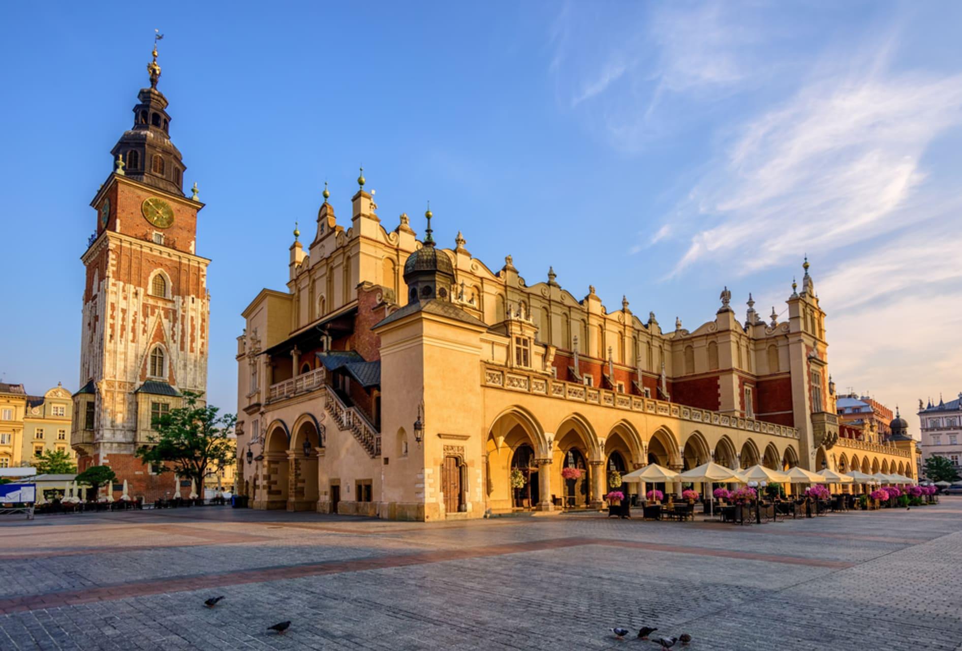 Krakow - Around the oldest shopping mall in Europe, Sukiennice