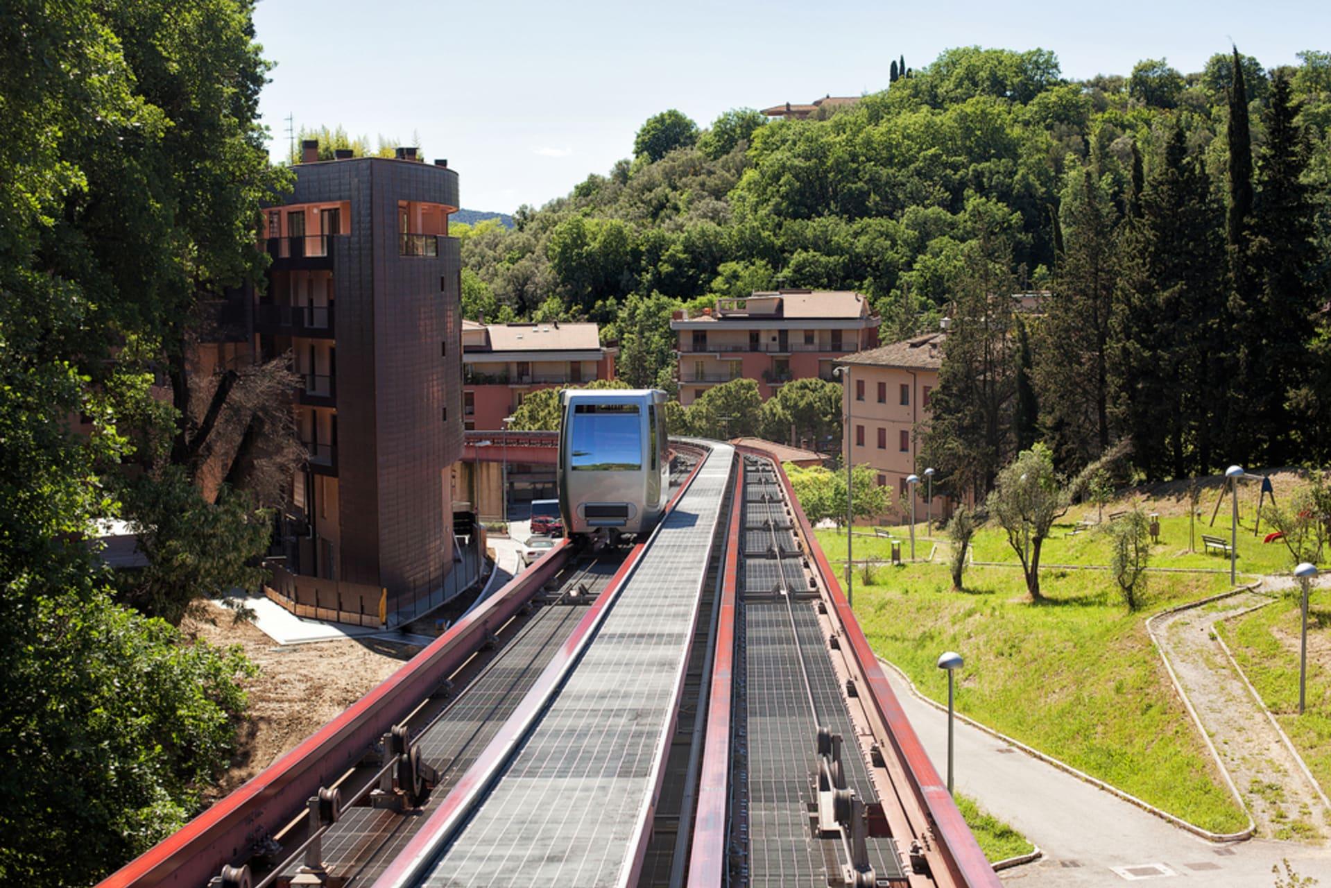 Perugia - Riding the Minimetrò up to the Chocolate Hill