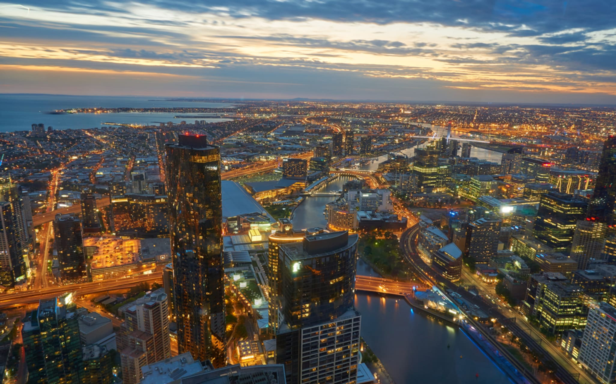 Melbourne - Stunning Sunset and View From the Top Of Eureka Tower