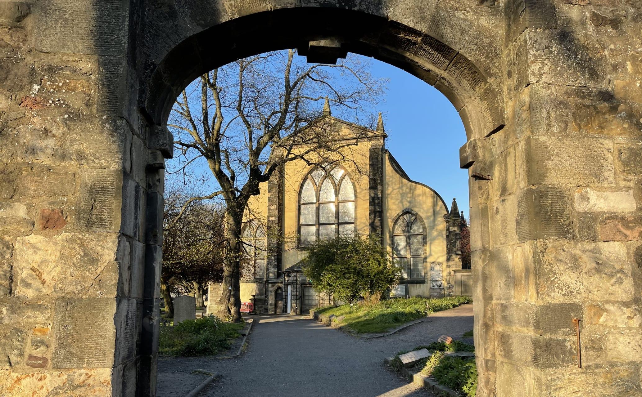 Edinburgh - Greyfriar's Kirk and Kirkyard: UNESCO World Heritage Site