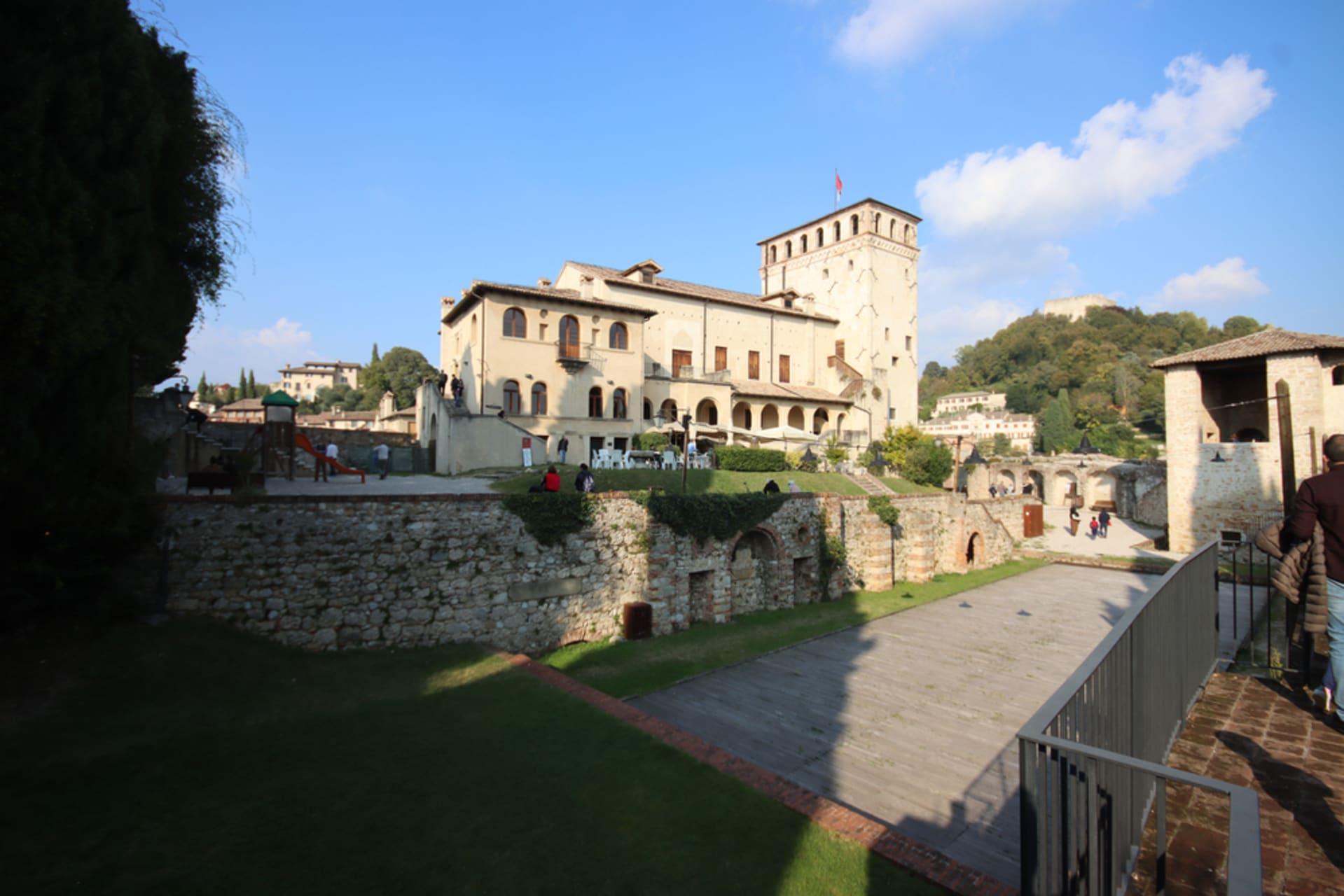 Veneto - The Love For Prosecco - Asolo Side