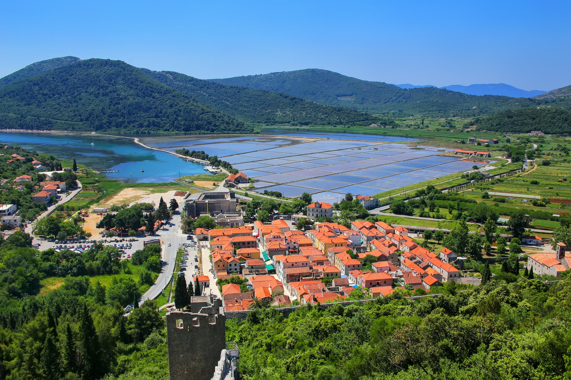 Dubrovnik - Ston, stone, salt, oysters & wine.