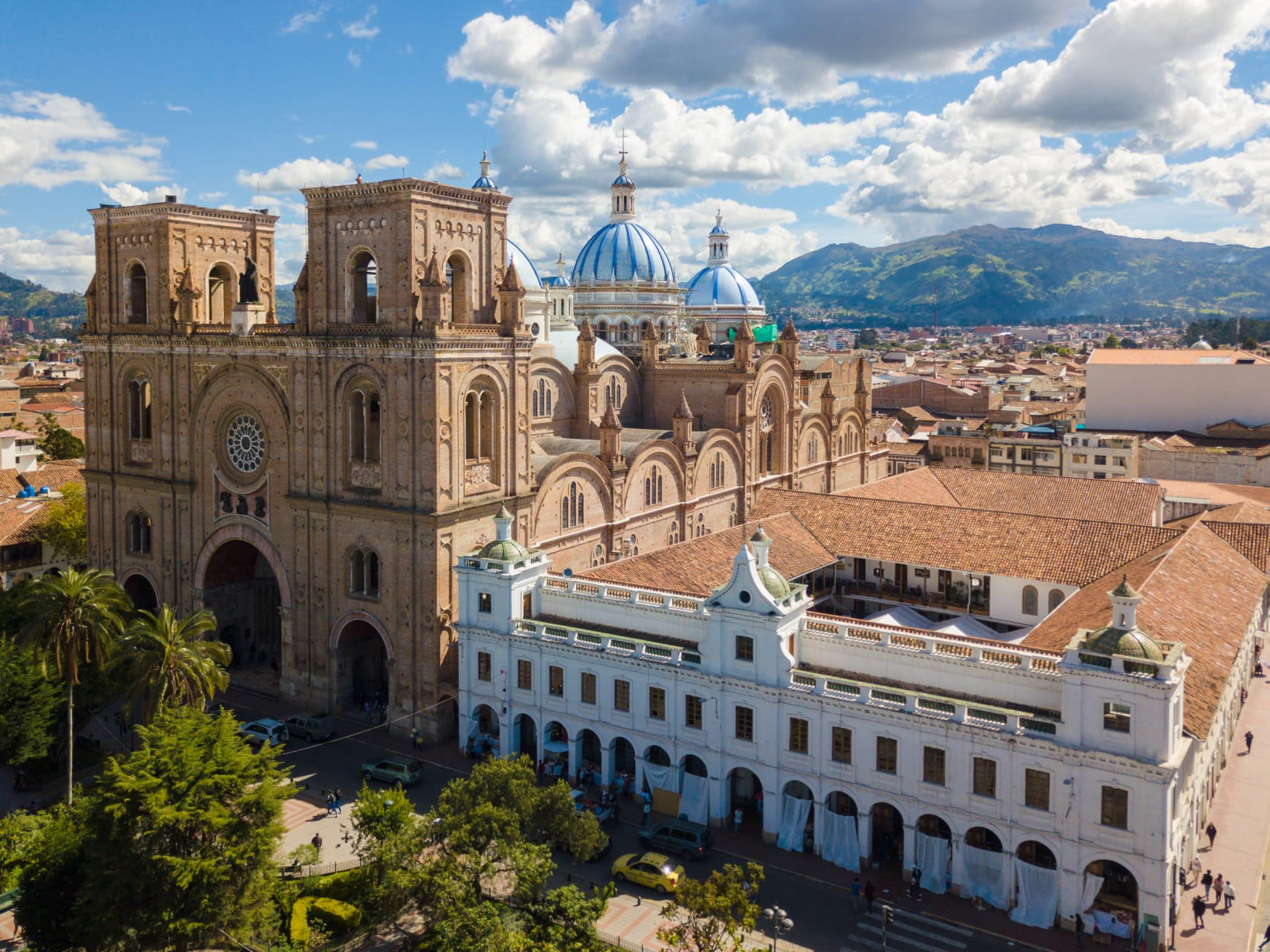 Cuenca - Cuenca Historical Center: The Most Beautiful City in Ecuador