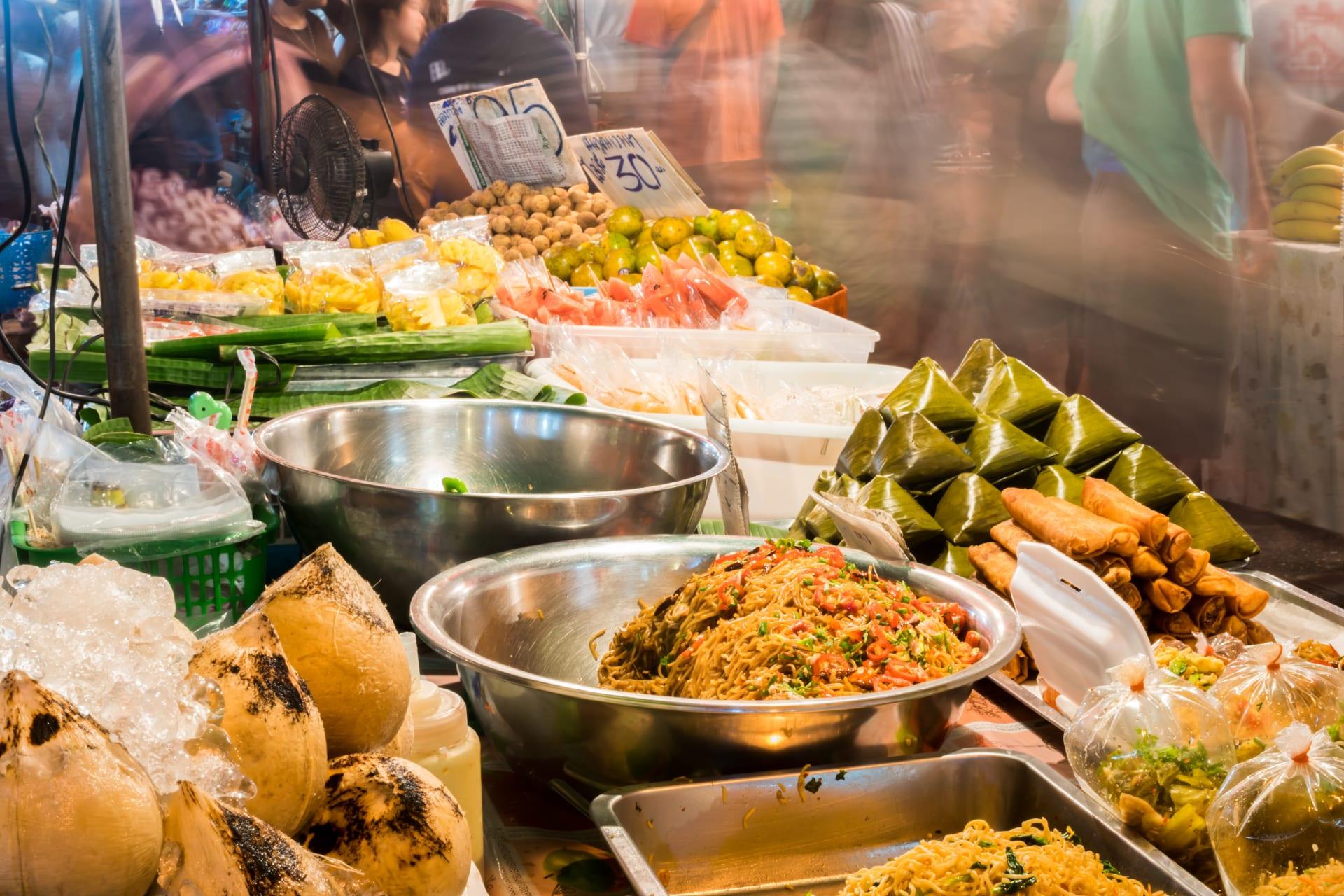 Chiang Mai - Kaad Luang , top food market in Chiang mai