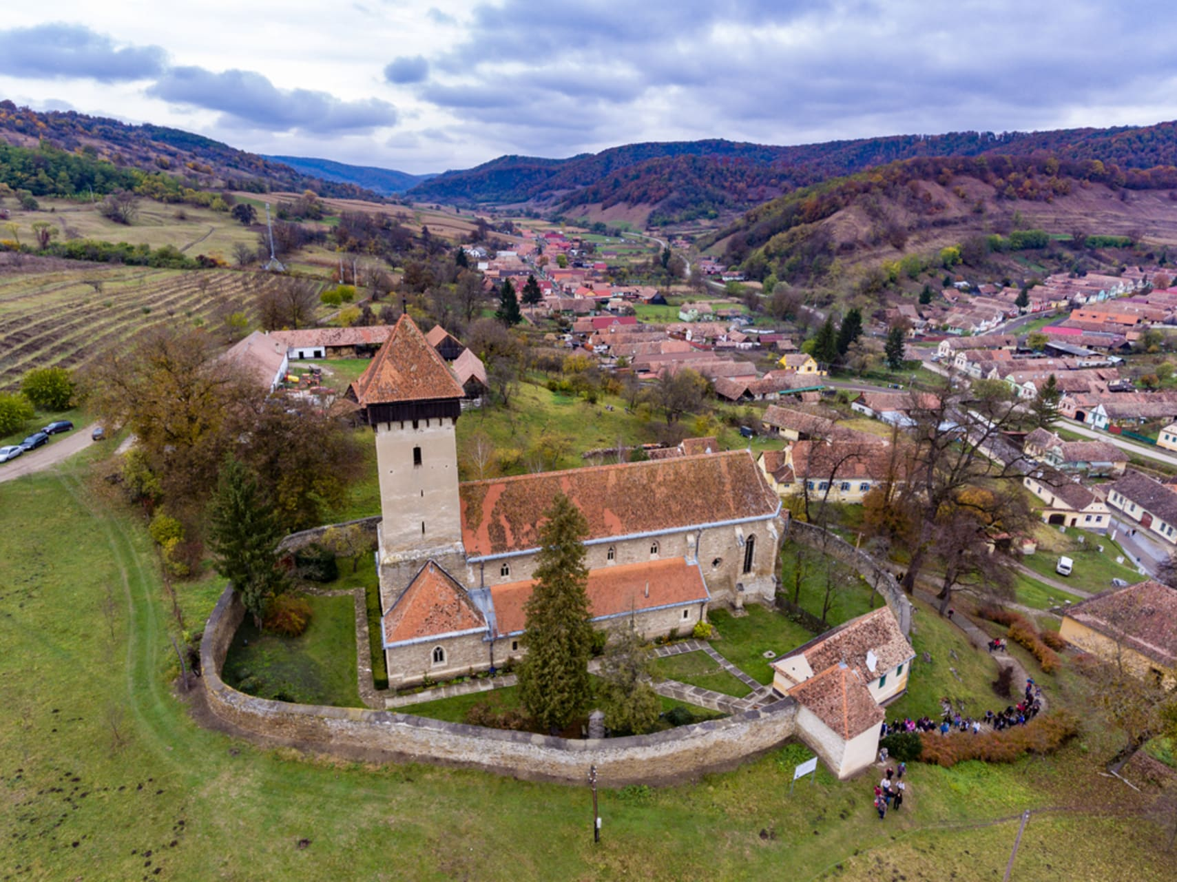 Transylvania - A 14th century Fortified Church, a 17th century beautiful manor and a famous & active weaver
