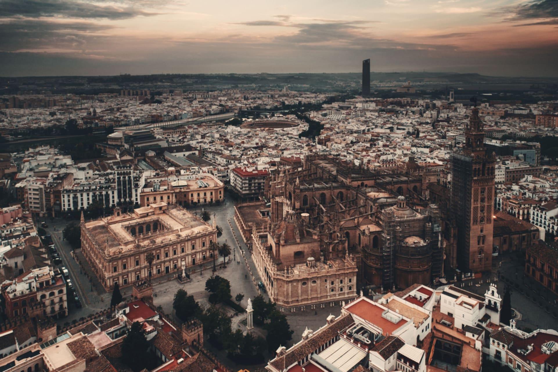 Seville - The Maze Game!