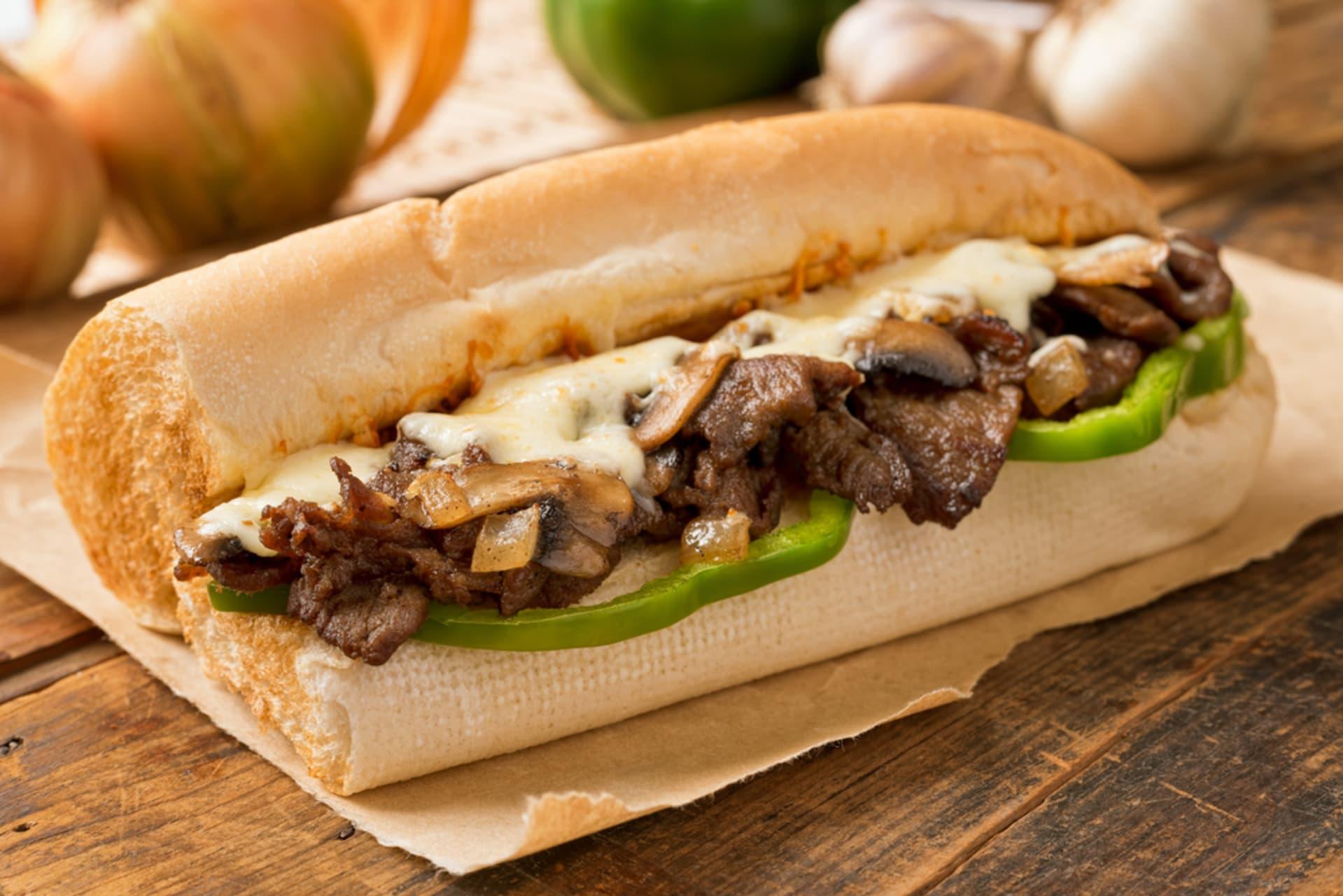 Philadelphia - Let's make a (Philly) Cheesesteak!