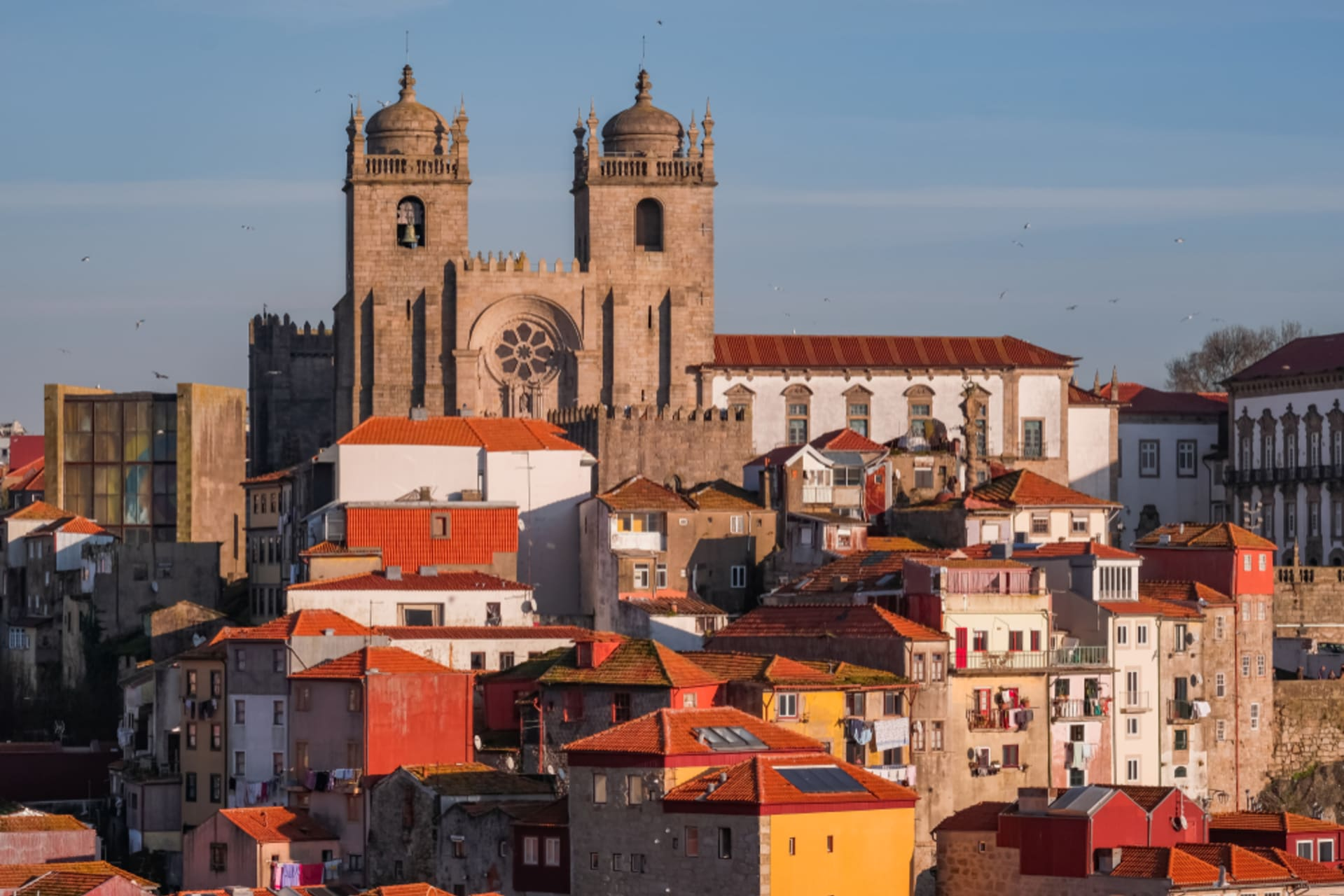 Porto - The Bishops altar and the Old Quarter