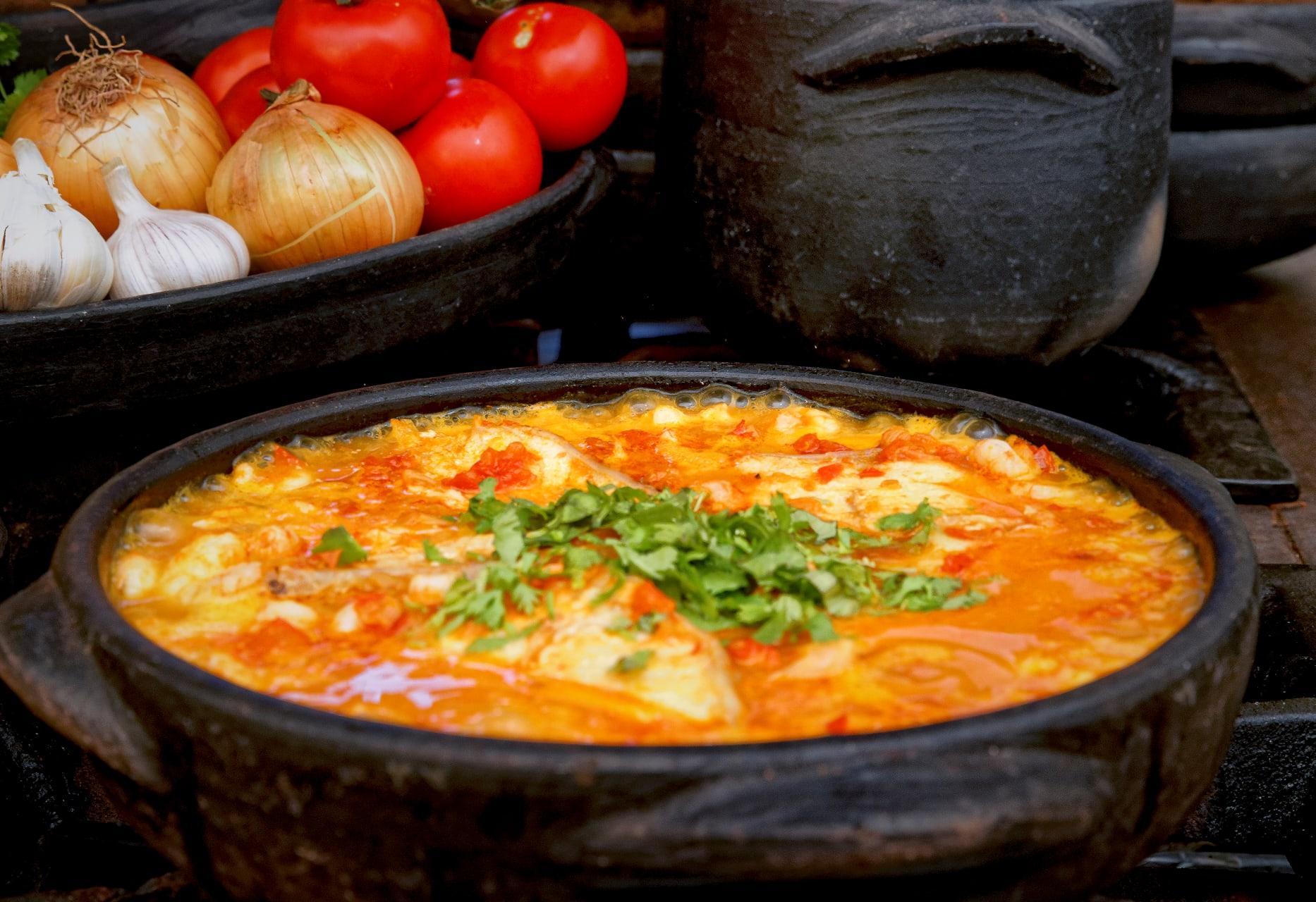 "Salvador Bahia - Cooking Moqueca Baiana With ""Donna Suzana"" from Netflix Street Food"