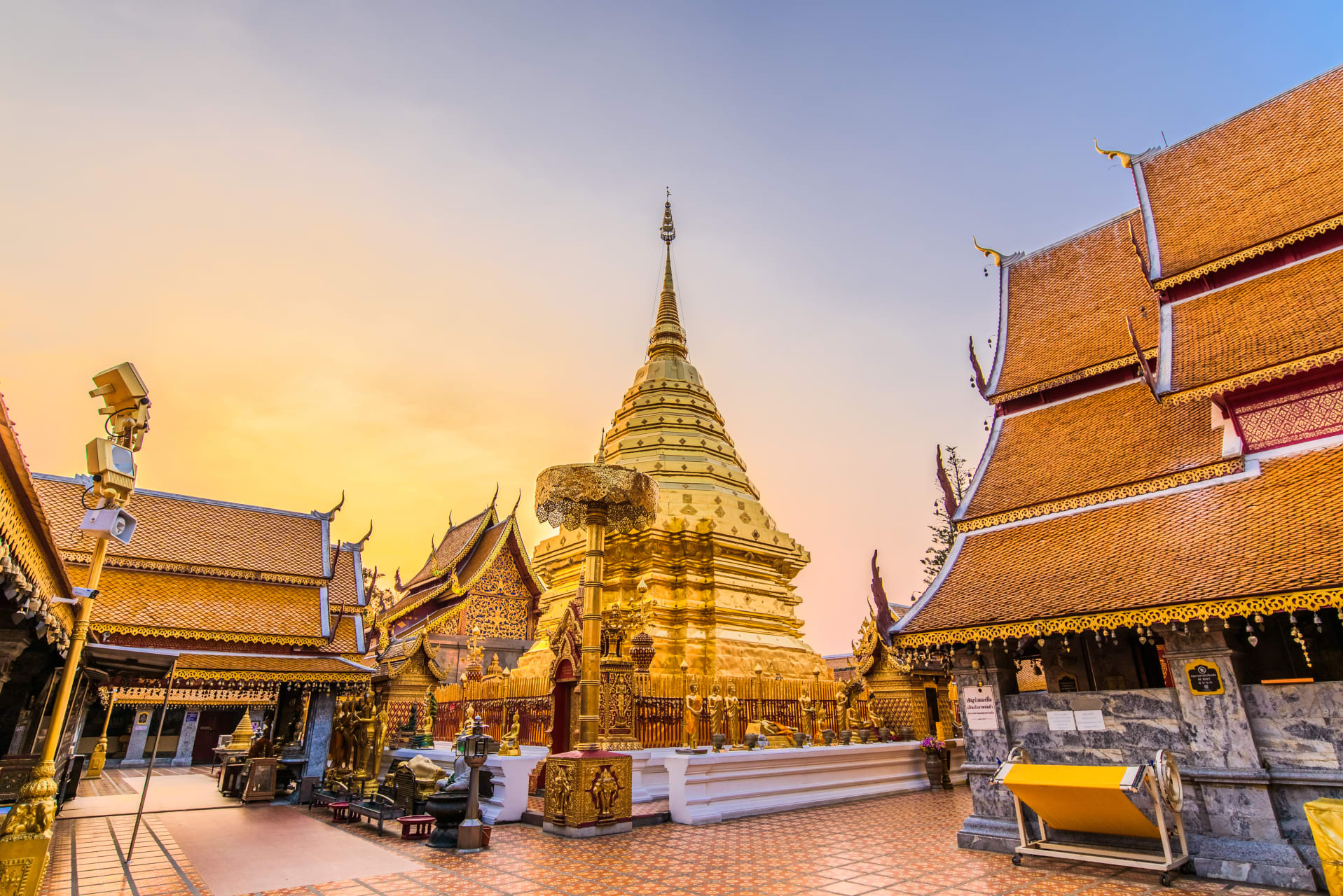 Chiang Mai - Mountain top Temple and city panoramic view
