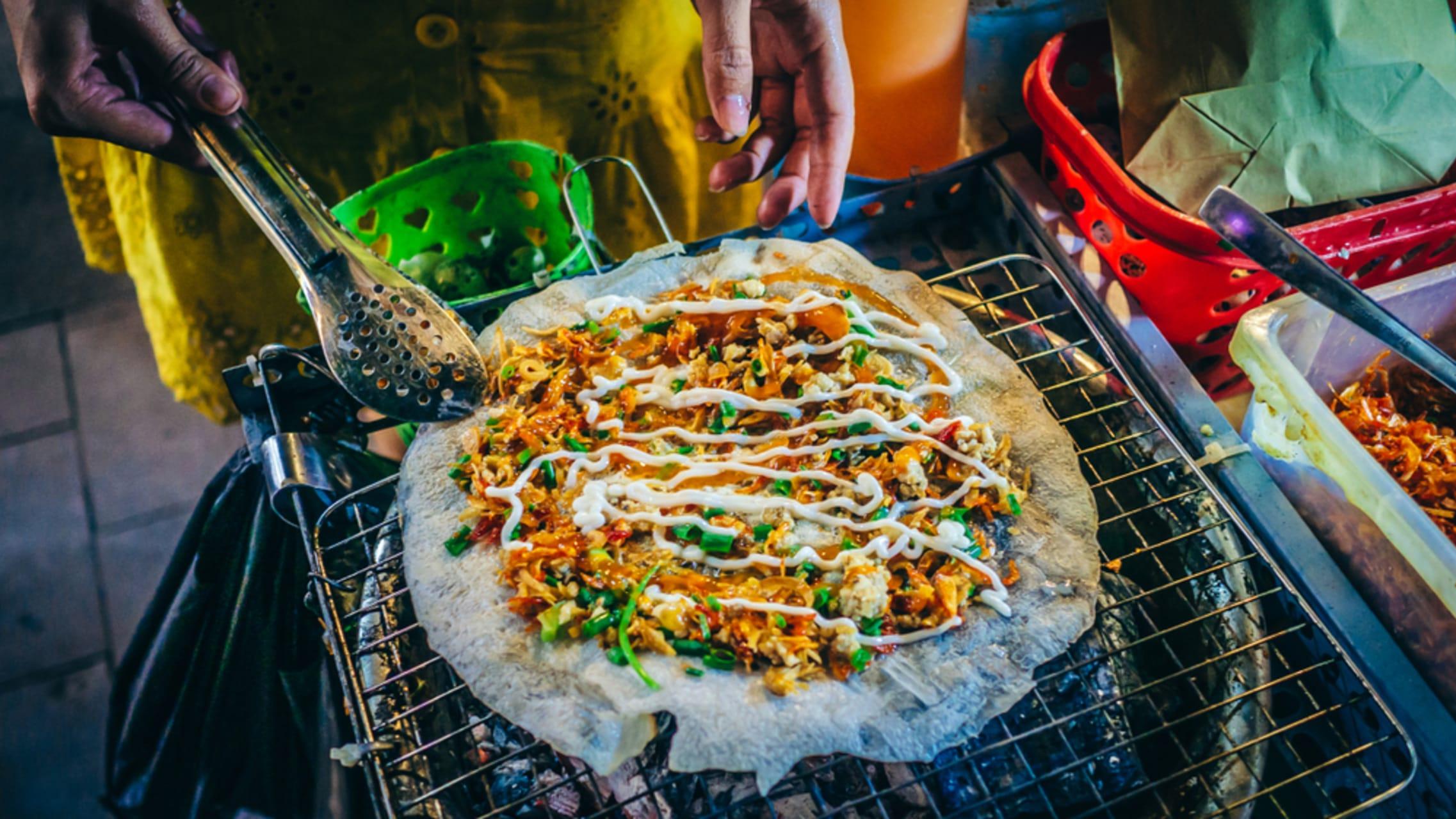 Ho Chi Minh City - Saigon Secret Gems - Day 2: All About Streetfood