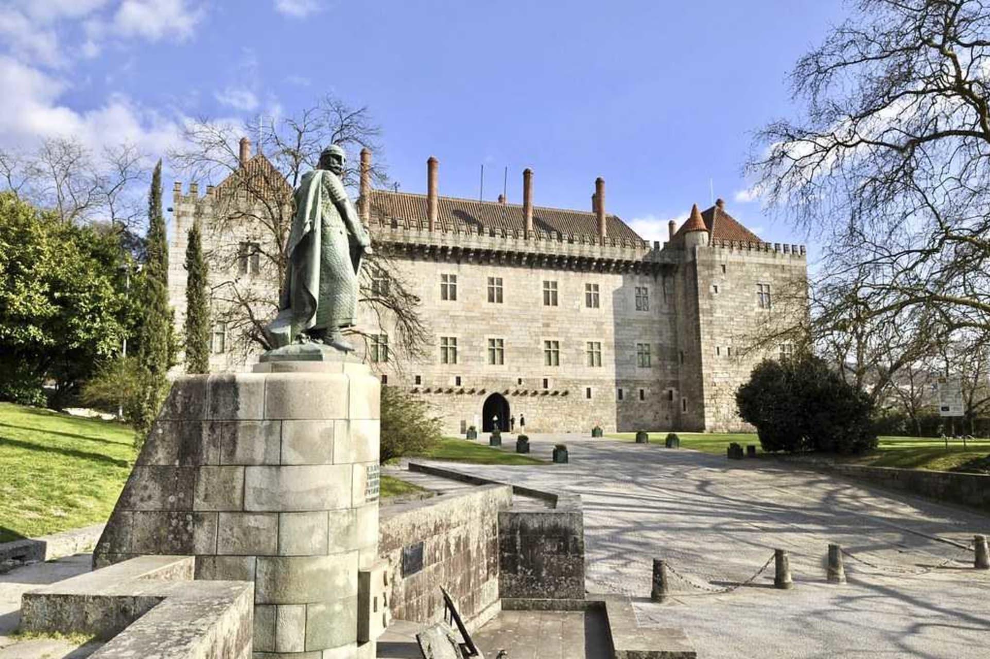 Guimarães - Guimarães, the Cradle of Portugal