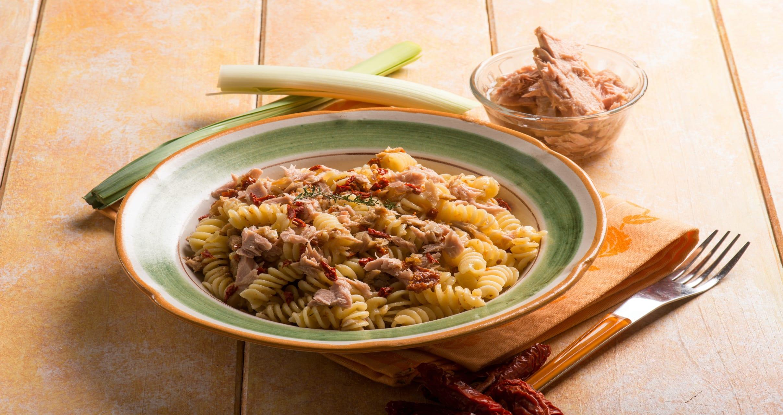 Rome - Summer Special - Fusilli fresh Tuna & crumbled Taralli