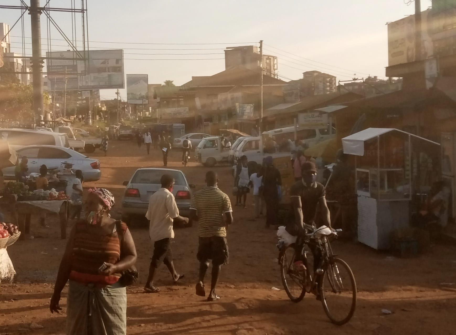 Kampala - Stretch Walking Kampala Surburbs I: Kamwokya- Bukoto Areas Lane