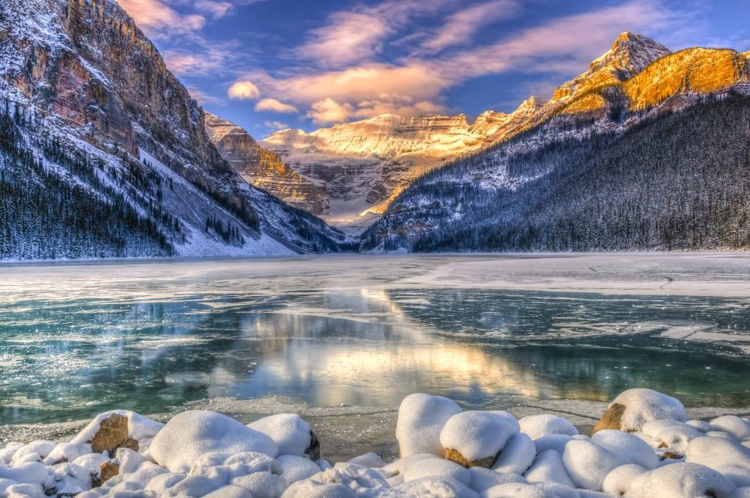 Banff - Walk around (or across) Lake Louise