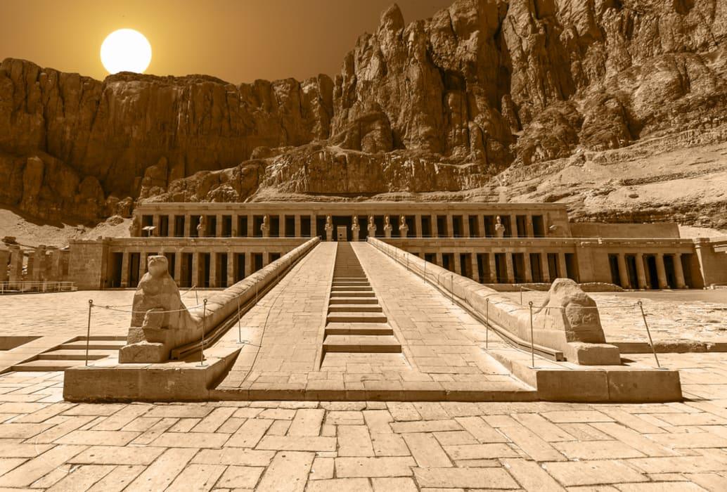 Luxor - In Search Of Hatshepsut
