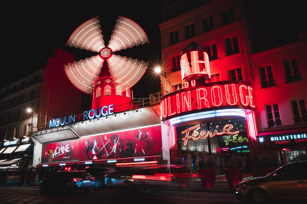 Paris - French Cancan and the Moulin Rouge