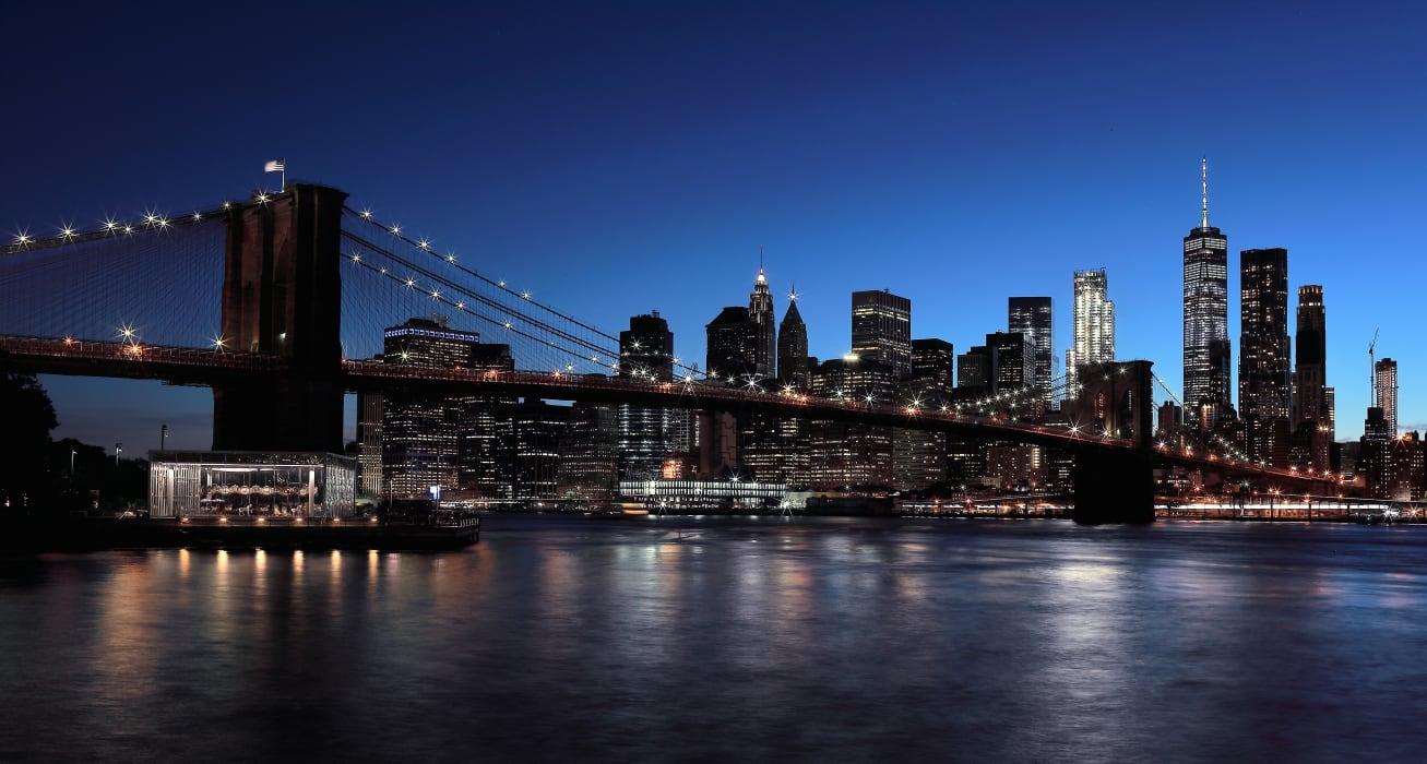 New York - New York at Night: The Brooklyn Bridge