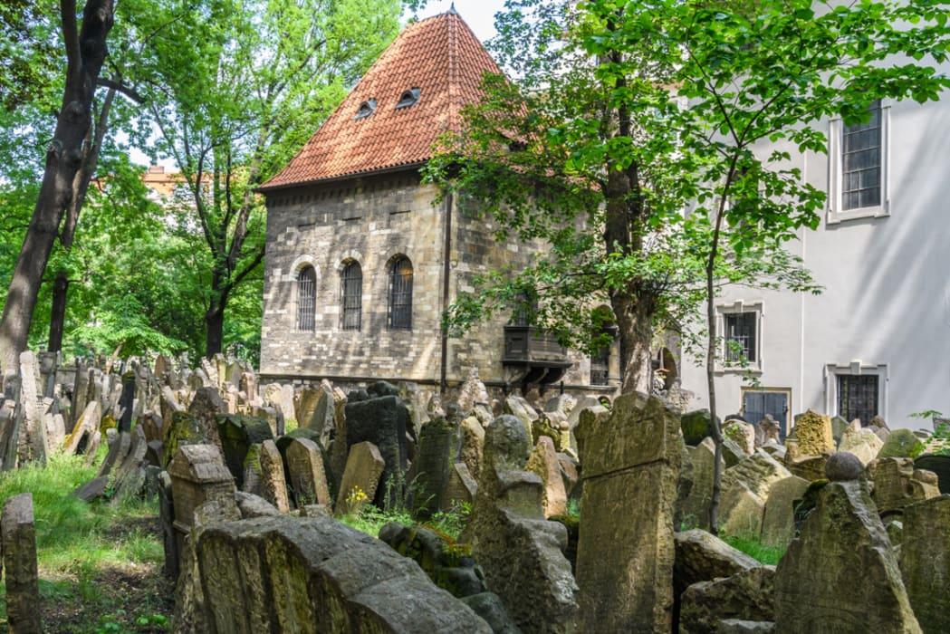 Prague - Architecture, History and Legends of Prague Jewish Quarter
