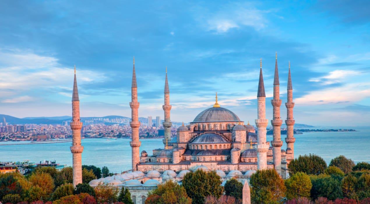Istanbul - Hagia Sofia & Blue Mosque. Sultan vs Emperor.