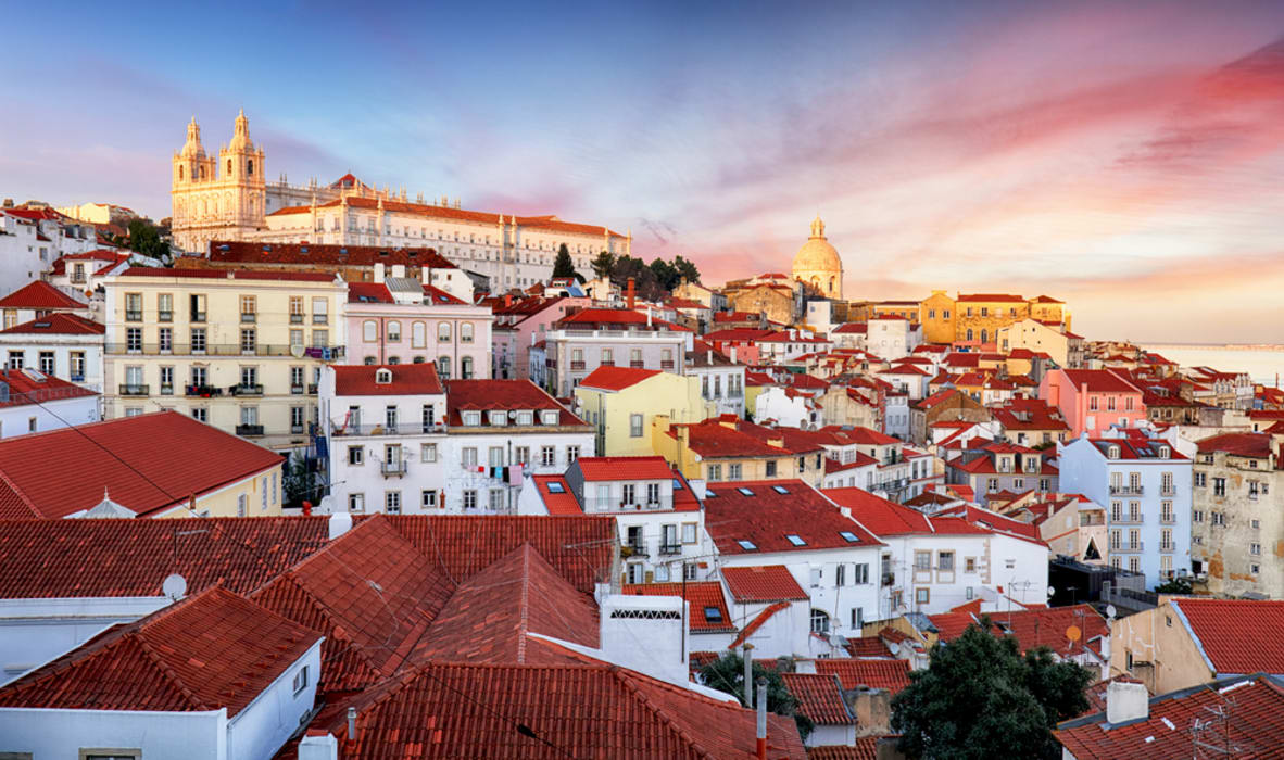 Lisbon - Alfama, the ideal place to get lost