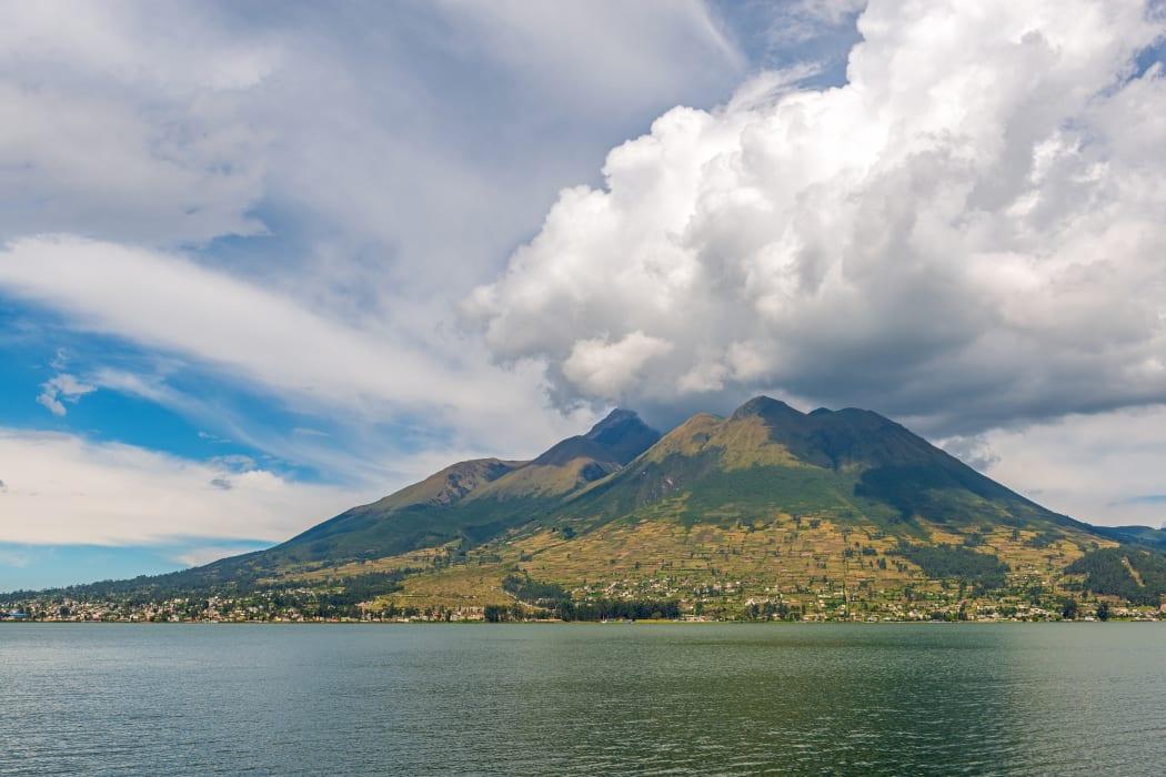 Otavalo - San Pablo: Famous Lake in Otavalo