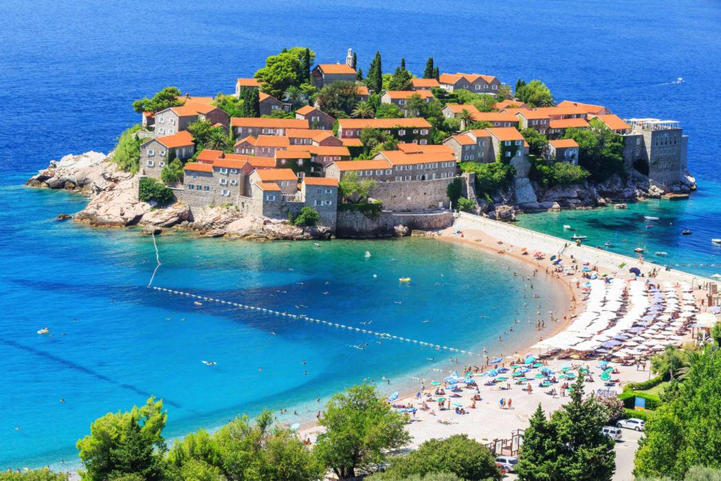 Budva - Saint Stefan Island - Aman resort hotel-town