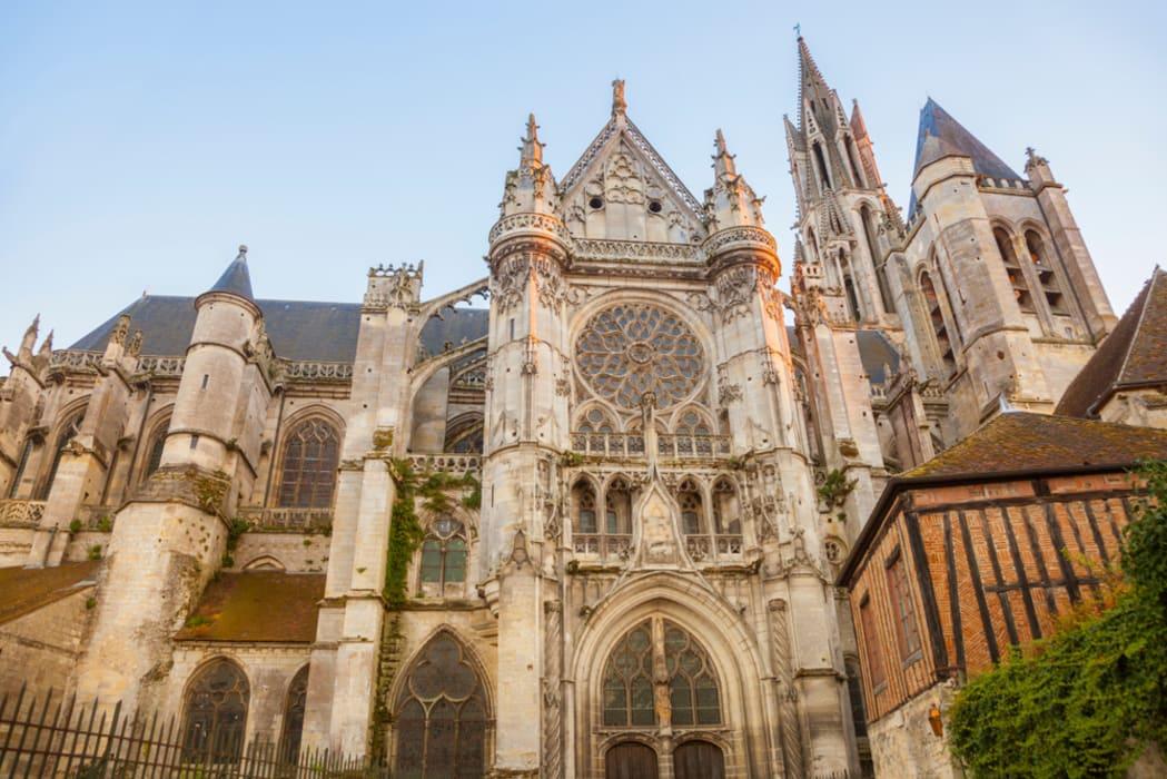 Oise - Senlis - Ville Royale