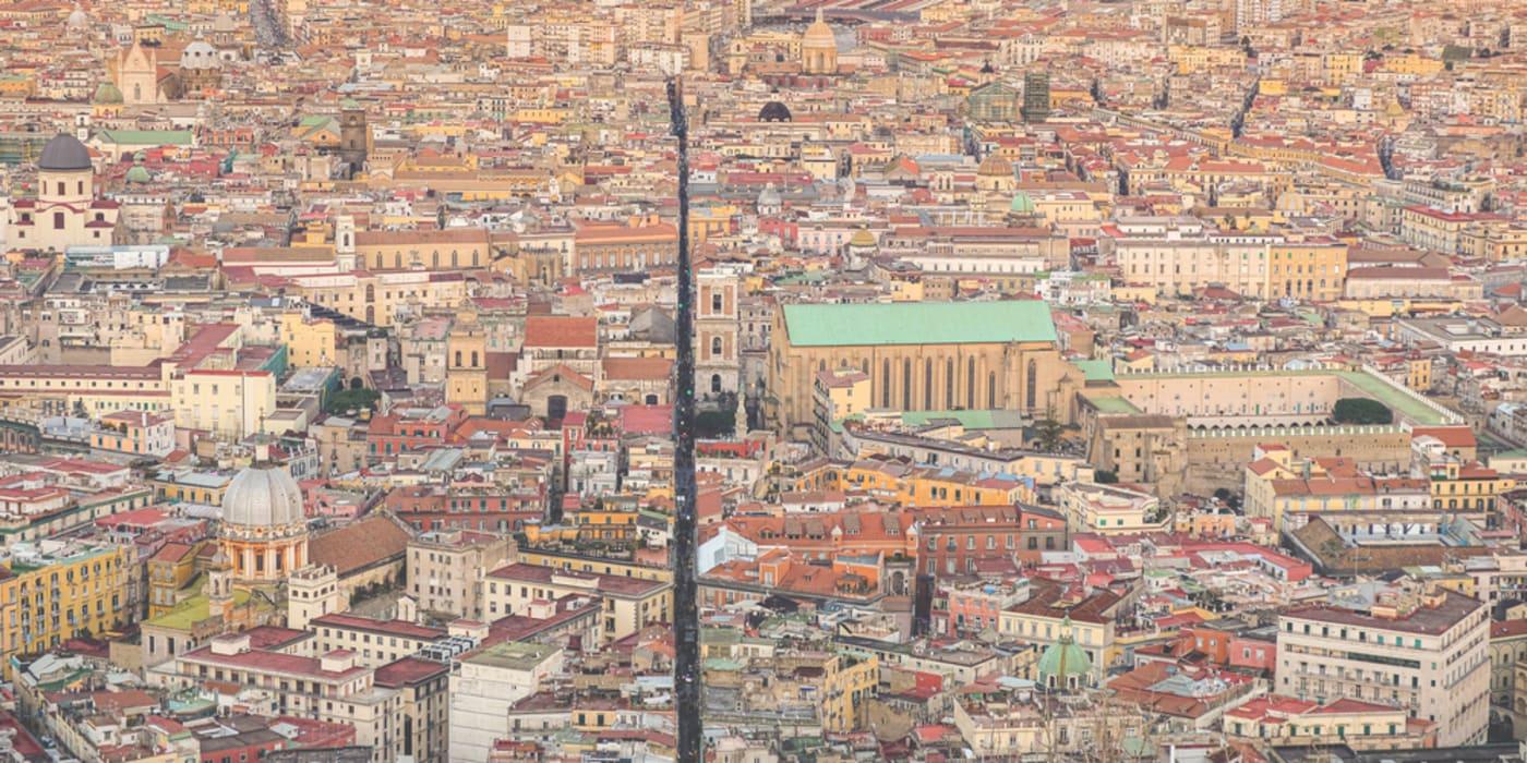 "Naples - Spaccanapoli or ""Naples Splitter"": a walk through the Main Street of Naples"