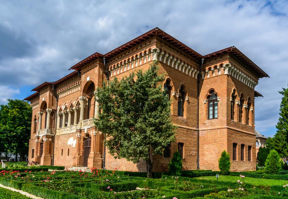 Bucharest - Renaissance or Baroque near Bucharest? - The Mogosoaia Castle