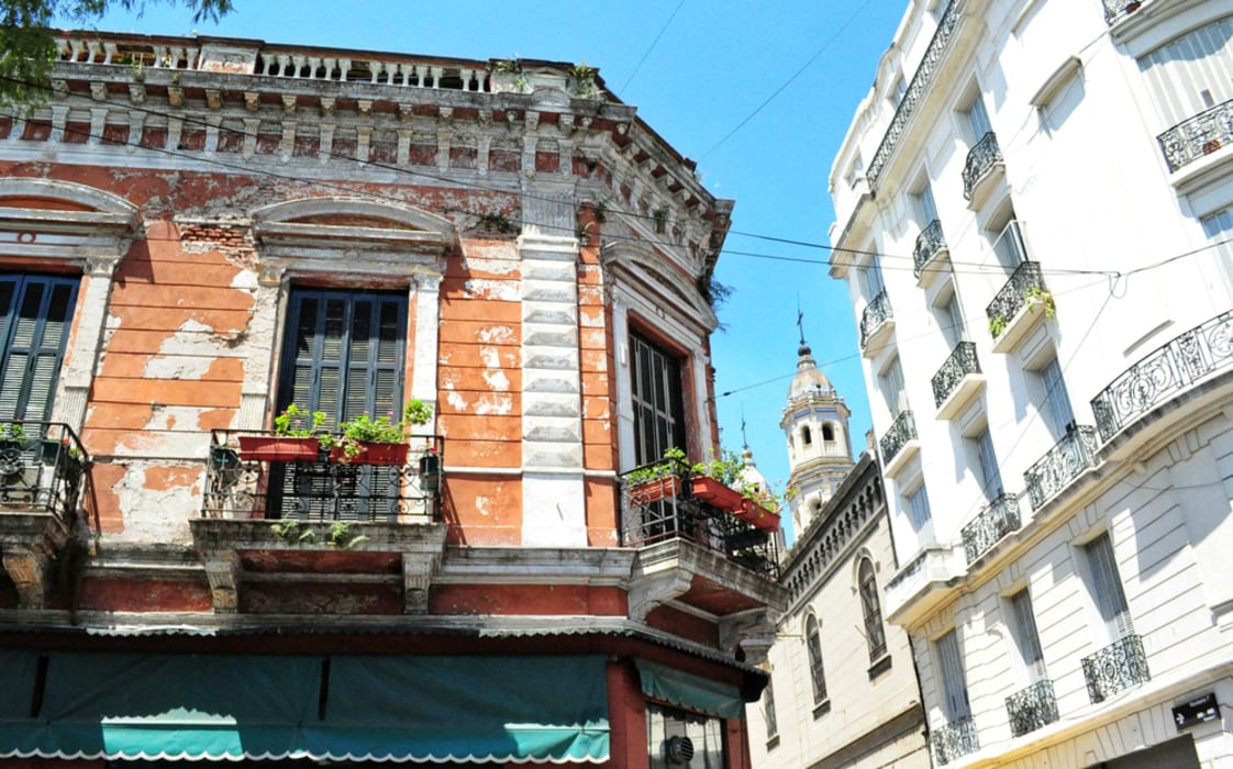 Buenos Aires - San Telmo, Cobblestones and its Market