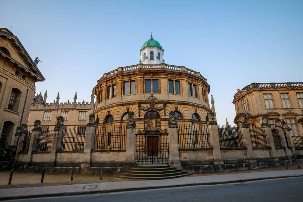 Oxford - Oxford: The Ancient Seat of Learning